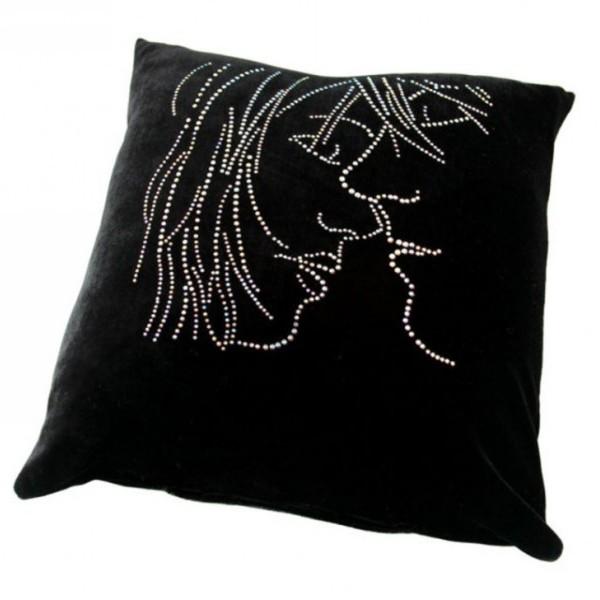 Подушка декоративная 35*35см Пара черная бархатная со стразами купить оптом и в розницу