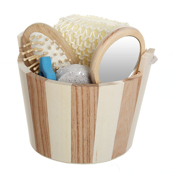 Банный набор в деревянной кадушке из 5 предметов ″Банька″ (расческа, зеркало, пемза, мочалка и разделитель) купить оптом и в розницу