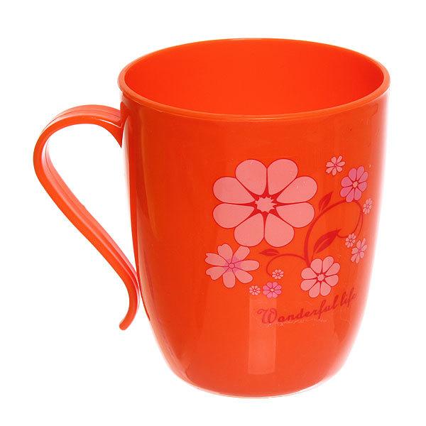 Кружка пластиковая 300мл ″Цветы″ красная купить оптом и в розницу