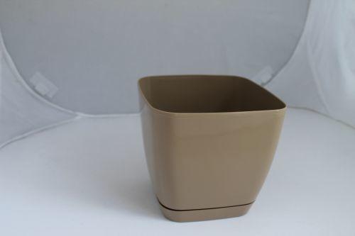 Кашпо Тоскана квадр . кофе-латте 15 2,5 л. *10 Form plastic купить оптом и в розницу
