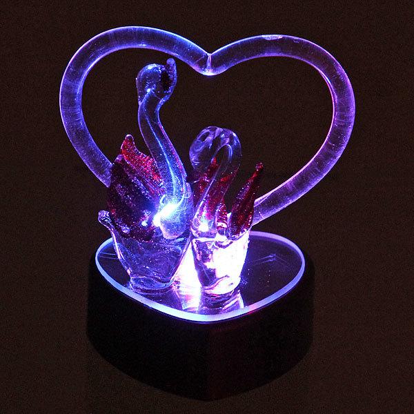 Фигурка из акрила ″Пара лебедей с сердцем″ 10 см купить оптом и в розницу