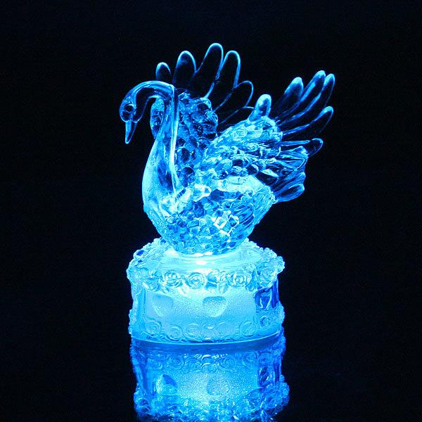 Фигурка из акрила ″Лебедь на сердце″ 11 см купить оптом и в розницу
