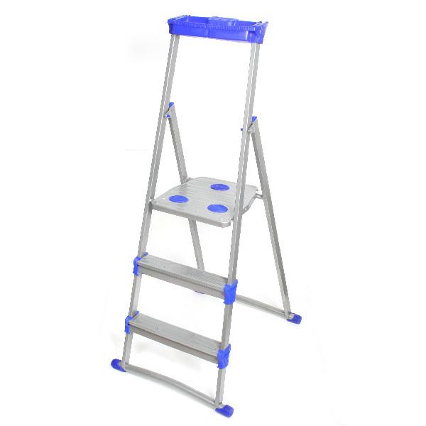 Стремянка металлическая 3 ступени, высота до платформы 650 мм, вес 3,25 кг, до 150 кг, для рыхлых поверхностей СМ3+ НИКА купить оптом и в розницу