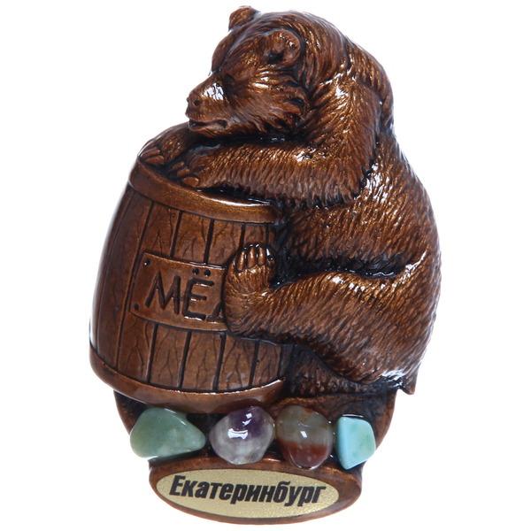 Сувенир - магнит Медвежонок с бочонком, гипс, самоцветы 4-0004061 купить оптом и в розницу