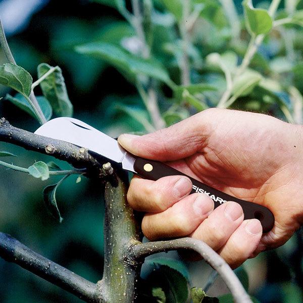 Нож для прививок изогнутый (125880) FISKARS купить оптом и в розницу