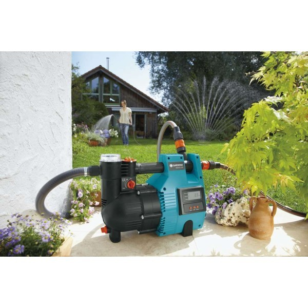 Насос напорный автоматический 4000/5 LCD Classic GARDENA 01765-20.000.00 купить оптом и в розницу