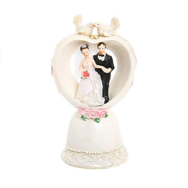 Статуэтка из полистоуна ″Жених и невеста″ сердце с подсветкой 17,5см купить оптом и в розницу