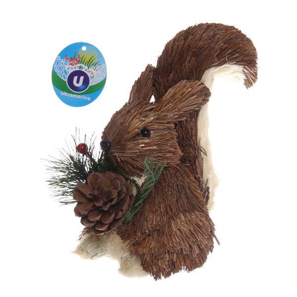 Садовая фигура ″Уральская белка с шишкой″, солома, 18*20 см купить оптом и в розницу
