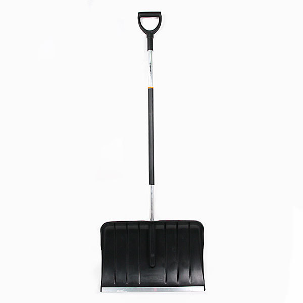 Скрепер для уборки снега облегченный FISKARS (145020) купить оптом и в розницу