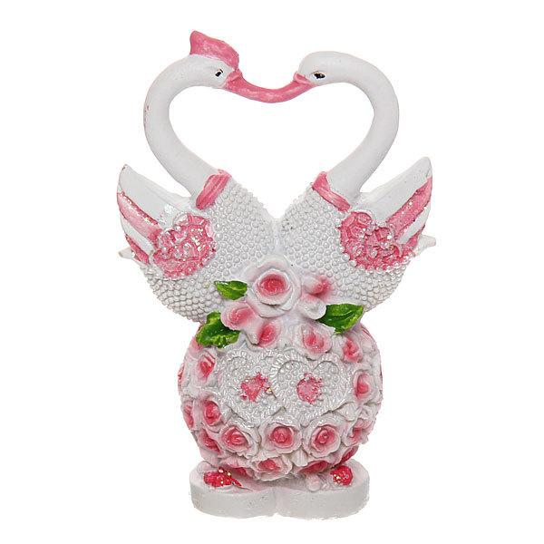 Фигурка из полистоуна ″Жемчужные лебеди″ на цветочном шаре 8*5,5 см купить оптом и в розницу