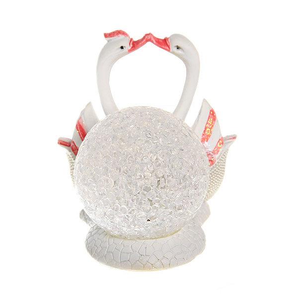 Фигурка из полистоуна ″Жемчужные Лебеди″ со светящемся шаром (цена за 1шт) DY1530 купить оптом и в розницу
