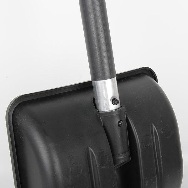 Лопата снеговая автомобильная пластиковая с ал.планкой и ал.череноком с морозостойкой оплетке 28*37 купить оптом и в розницу