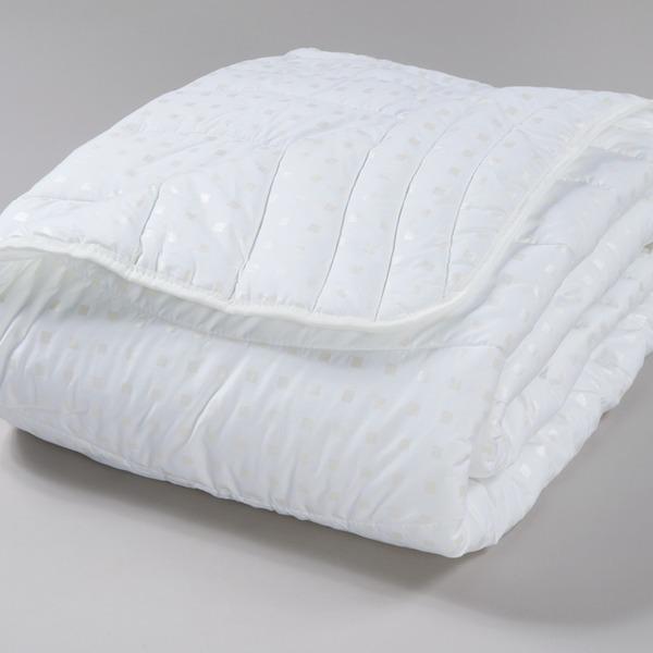 Одеяло 1.5 эвкалипт/волокно тик в чемодане арт.177,177М Миромакс  купить оптом и в розницу