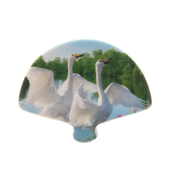 Магнит из керамики ″Лебеди″ 7*6см купить оптом и в розницу